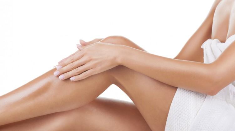 Trockene Beine: Das macht die Haut wieder zart