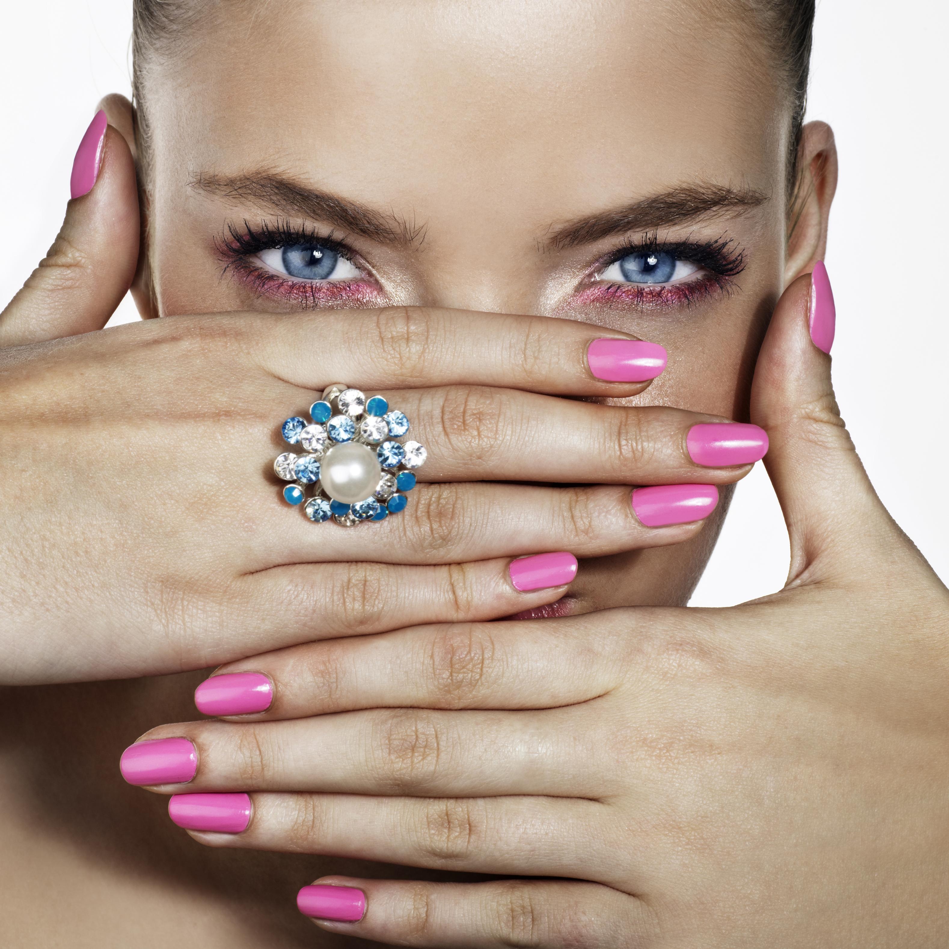 Nagellack: Tipps für die perfekte Maniküre - Kosmetik transparent