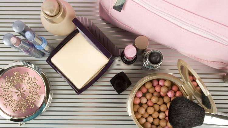 Wie lange ist Kosmetik haltbar?