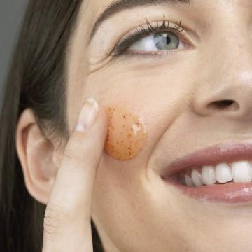 Peeling für das Gesicht
