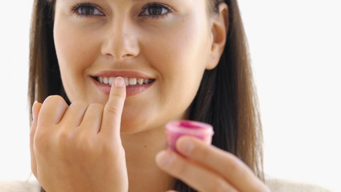 Lippenpflege macht süchtig: Mythos oder Wahrheit?