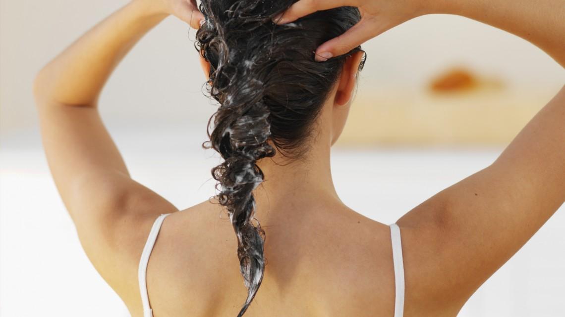 Silikone schlecht fürs Haar? Mythos oder Wahrheit?